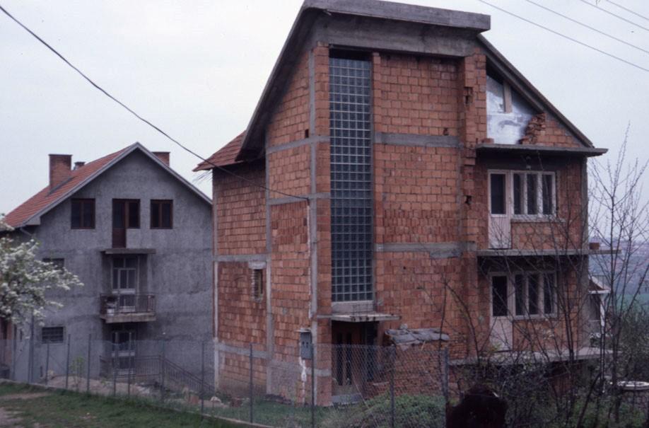 kuca na kaludjerici u Beogradu